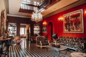 Antigua Miraflores Lobby
